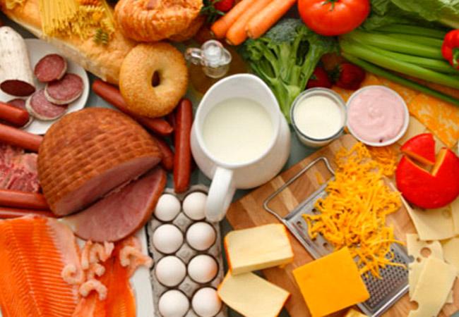 Какие продукты крепят при грудном вскармливании