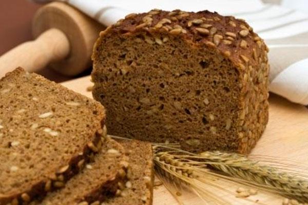 пшеничные хлебцы при груднм вскармливании: польза и вред