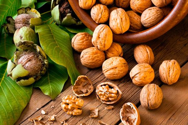 грецкие орехи помогают похудеть кормящей маме