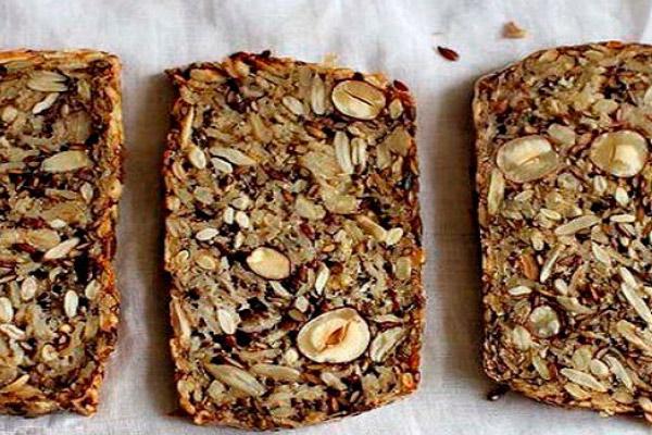 Как выбрать и употреблять зерновой хлеб при ГВ