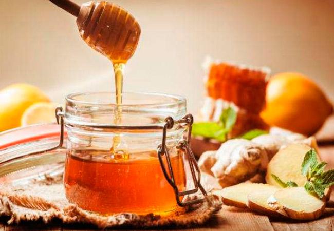 Можно ли кормящей маме новорожденного мед и в чем его польза