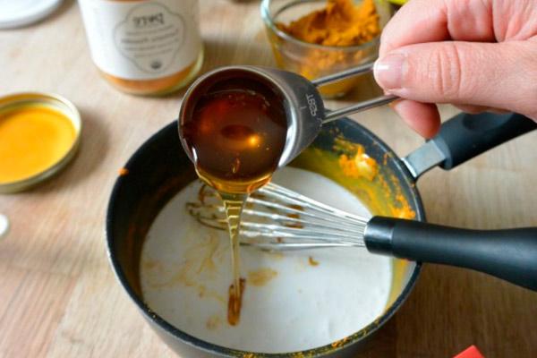 Советы по применению молока с мёдом при грудном вскармливании