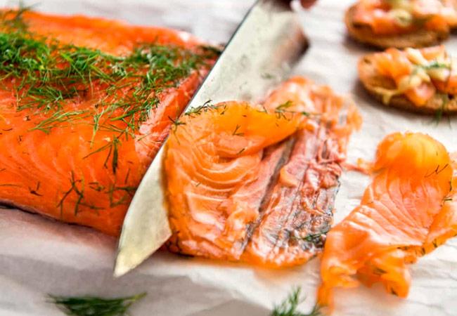 Можно ли красную рыбу при грудном вскармливании – Можно ли кормящей маме красную рыбу